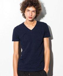 AKM Contemporary/AKM Contemporary(エイケイエムコンテンポラリー) エンボスロゴVネックTシャツ/500902807