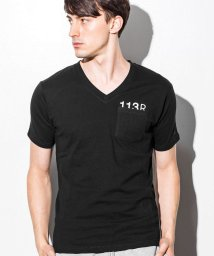 1PIU1UGUALE3 RELAX/1PIU1UGUALE3 RELAX(ウノピゥウノウグァーレトレ) デザインプリントポケット付Tシャツ/500903394