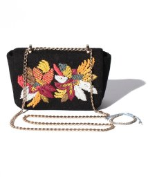 Doux archives /embroideryclutch/500973457