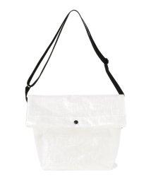 BEAMS MEN/STANDARD SUPPLY × BEAMS / 別注 Polyethylene Cross Bag/500892365