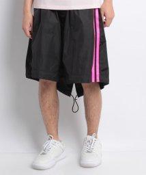 DSQUARED2/Shortpants/500936875