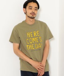 green label relaxing/[ザデイオンザビーチ]  SC★ THE DAY ON THE BEACH HERE COMES Tシャツ/501079654
