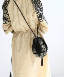 SLOBE IENA/《予約》SARA MALLIKA 刺繍巾着バッグ◆/501089964
