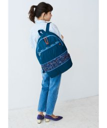LeSportsac/EXPANDABLE BACKPACK ティールハーネス/LS0020591