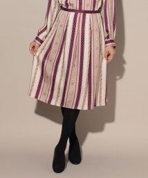 CARA O CRUZ/【DIVISIONE TESSILE】レトロフラワーのスカート/501177100