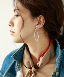 marjour/LEAF HOOK EARRING/501255954