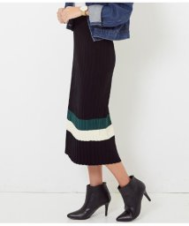 CHILLE/裾ライン入りプリーツタイトスカート/501363619
