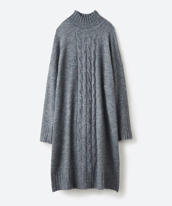 haco! お寝坊さんの着るだけ素敵服 ぱふっとシルエットのケーブル柄ニットワンピース