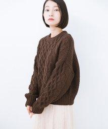 haco!/【mer2月号掲載】古着屋さんにありそうな ざっくり編みがかわいいウール混ケーブルニットby que made me/501421130