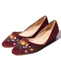 B.C STOCK/EMBROIDERY POINTED FLAT SHOES/501378038