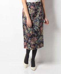 en recre/Special Price【Brahmin】フラワープリントスカート/501498617