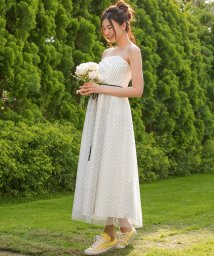 form forma/【結婚式・ウェディングドレス】kaene/ドットチュールレースフレアロングウェディングドレス/500991292