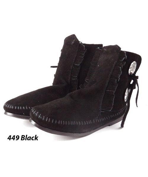 【38%OFF】 バックヤードファミリー ミネトンカ MINNETONKA Women's Two Button Boot レディース ブラック 6(22.5-23.0cm) 【BACKYARD FAMILY】 【セール開催中】