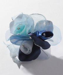 BLACK GALLERY/【入学式・卒業式・セレモニー・七五三・結婚式】ふんわり3輪グラデーションコサージュ/501535399