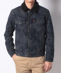 LEVI'S MEN/TYPE 3 SHERPA TRUCKER BLACK CAMO JT/501555843