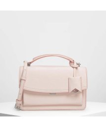 CHARLES & KEITH/スリングフラップ クロスボディ / Single Flap Crossbody Bag (Light Pink)/501679490