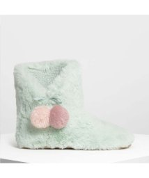 CHARLES & KEITH/ファー ポンポン ブーツ / Furry Pom Pom Boots (Mint Green)/501682786
