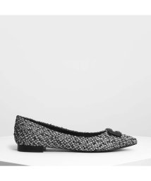 CHARLES & KEITH/ラップ バックルディテールバレリーナ / Wrapped Buckle Detail Ballerinas (Black Textured)/501682813