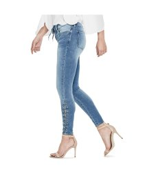 GUESS/ゲス GUESS SEXY CURVE LACE-UP SKINNY DENIM PANT (MEDIUM WASH)/501728936