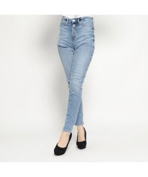 GUESS/ゲス GUESS 1981 EXPOSED BUTTON HIGH-RISE SKINNY DENIM PANT (SKY TWILL)/501729257