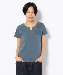 AVIREX/パッチド デニム キーホールネックTシャツ/PATCHED DENIM KEY HOLE NECK T-SHIRT/501880632