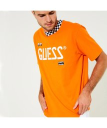 GUESS/ゲス GUESS GUESS x J BALVIN OVERSIZED CHECKERED LOGO TEE (Vibras Orange)/501895859