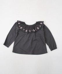 BeBe/フリルエリ刺繍Tシャツ/501919259