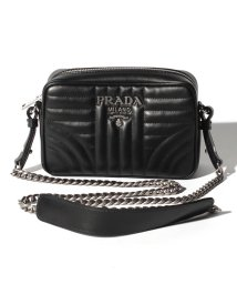 PRADA/【PRADA】ショルダーバッグ/SOFT CALF IMPUNTURE【NERO】/501894601