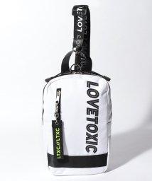 Lovetoxic/ロゴチャームつきタテ型ボディバッグ/501954230