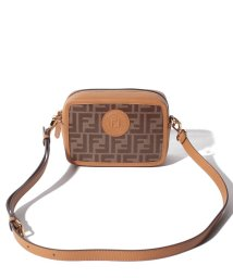 FENDI/【FENDI】ショルダーバッグ/FENDI CAM MINI CAMERA CASE【MOGANO/CARAMEL】/501985742
