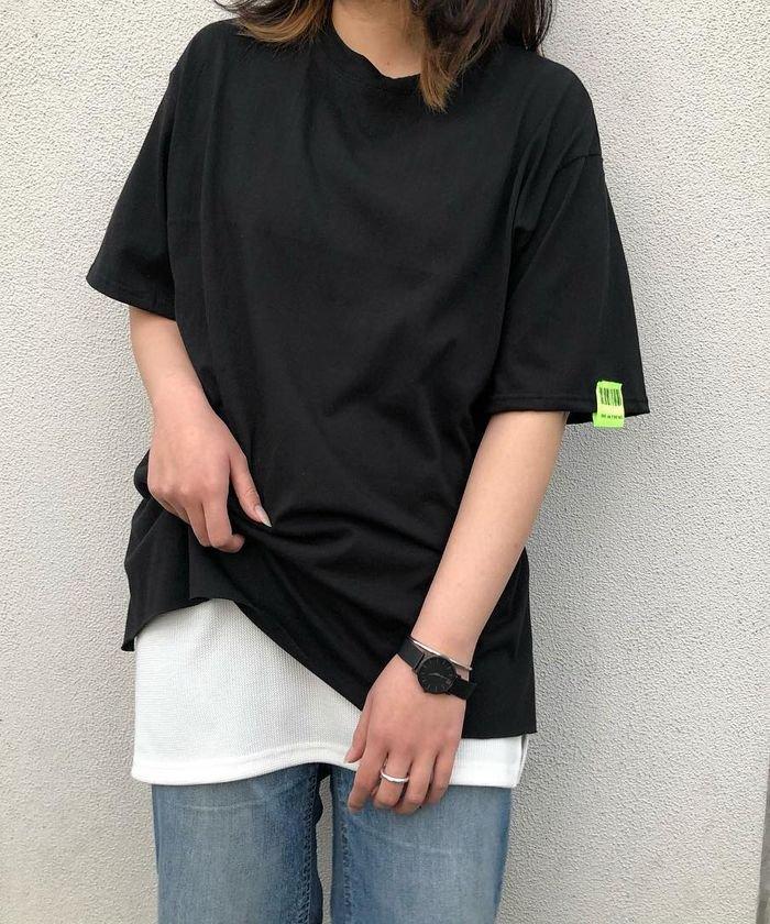 袖バーコードタグカットオフTシャツ