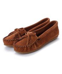 MINNETONKA/ミネトンカ Minnetonka KILTY Suede Moccasin Shoes (ブラウン)/502173214