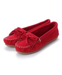 MINNETONKA/ミネトンカ Minnetonka KILTY Suede Moccasin Shoes (チェリー レッド)/502173218