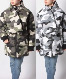 LEVI'S LADY/REVERSBLE BATWING PUFFER GREEN CAMO PRIN/502280668