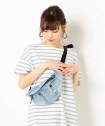 archives/a-WAIST POUCH/502263576