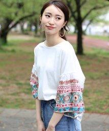 Bou Jeloud/袖刺繍後ろタックTシャツ/502301773