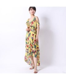 GUESS/ゲス GUESS TEMMA PRINTED HIGH-LOW DRESS (CHEEKY JUNGLE YELLOW)/502333481