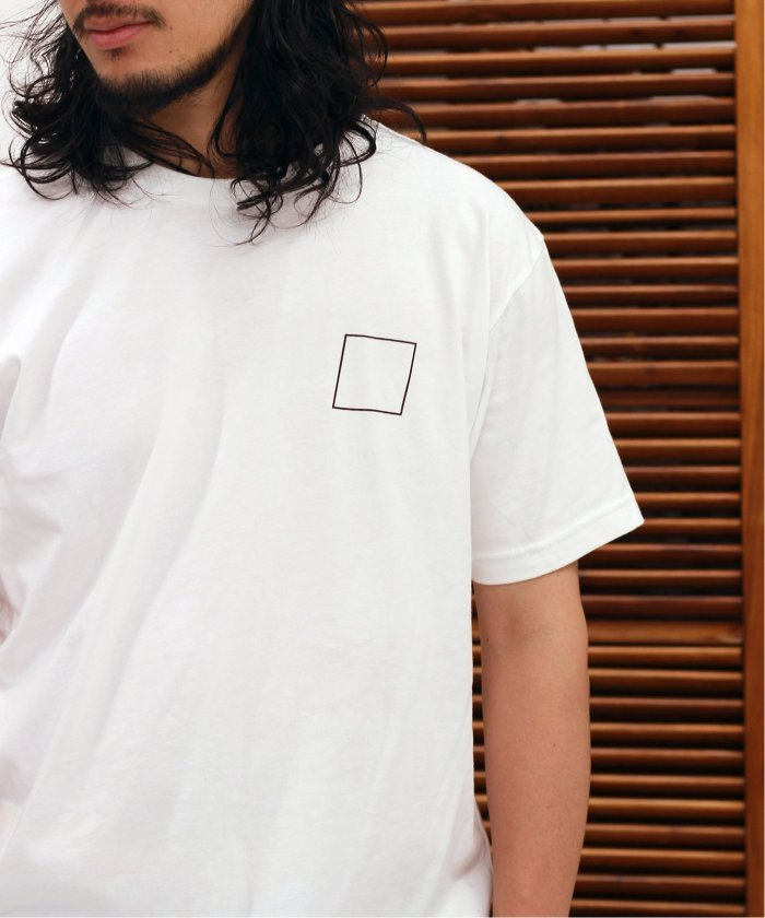WHAT YOUTH  / ワットユース : Out line Logo Tee