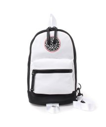 GUESS/ゲス GUESS ORIGINALS SLING BACKPACK (WHITE)/502373291