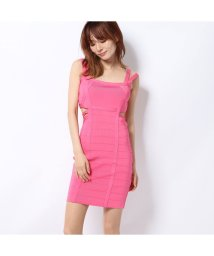 GUESS/ゲス GUESS MIRAGE KAMILIA CUTOUT BANDAGE DRESS (PINK DELIGHT)/502458145