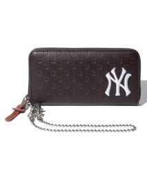 JNSJNM/【MLB】エンボスPUラウンドウォレットブラック/502473801