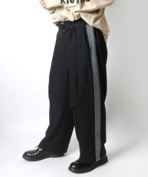 LAZAR/サイドラインワイドテーパードパンツ(ベルトセット)/502470496