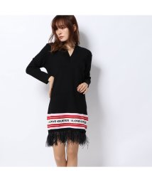 GUESS/ゲス GUESS SVEVA LOGO BAND FRINGE SWEATER DRESS (JET BLACK)/502544446