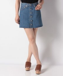 LEVI'S LADY/BUTTON FRONT MINI CARVED STONE/502571089