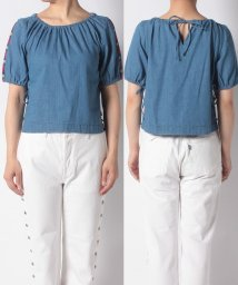LEVI'S LADY/BNG ELYSE TOP RD CST IND PATTERN/502571092
