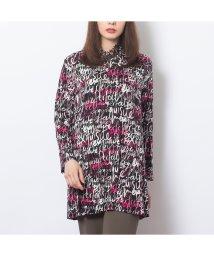 Fitme moi/フランス製素材タイポグラフィ柄タートルTシャツ/502614032