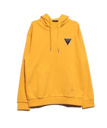 GUESS/ゲス GUESS TRIANGLE LOGO FELT PATCH HOODED PARKA (YELLOW)/502625876