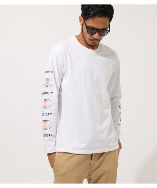AZUL by moussy(アズールバイマウジー)/DIFFRENT GRAPHIC LONG TEE/251CAM90-425H