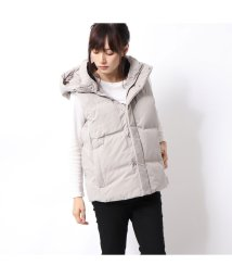 GUESS/ゲス GUESS HOODED DOWN VEST (GREY)/502686803