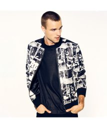 GUESS/ゲス GUESS ALPINE SATIN POLAROID BOMBER JACKET (PHOTO MIX PRINT LIGHT SLATE)/502705094